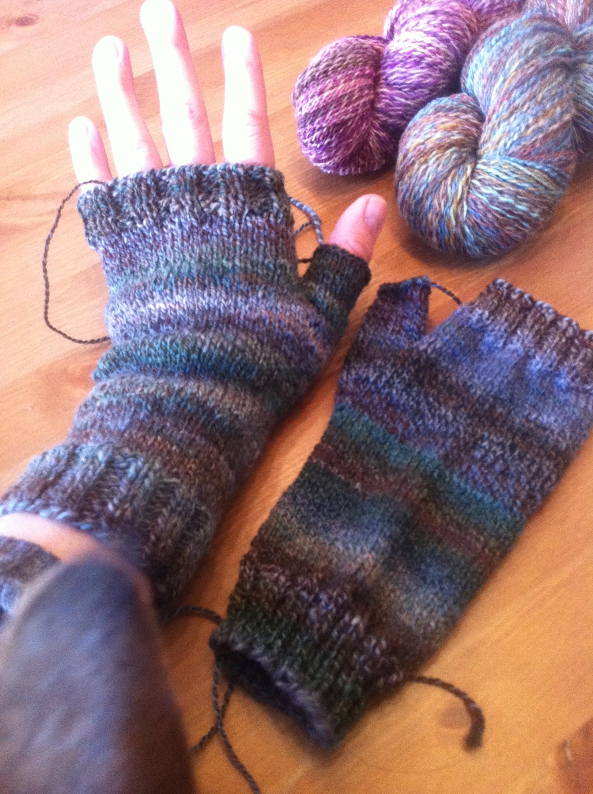 Handspun Armwarmers, Wristwarmers, Handwarmers…Whatever you call them!